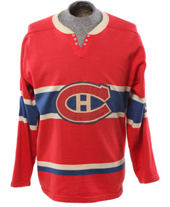 Original sweater worn by Montréal Canadiens' Maurice Richard
